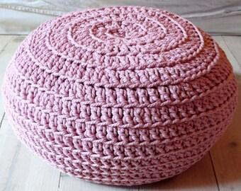 Floor Cushion Crochet - pink