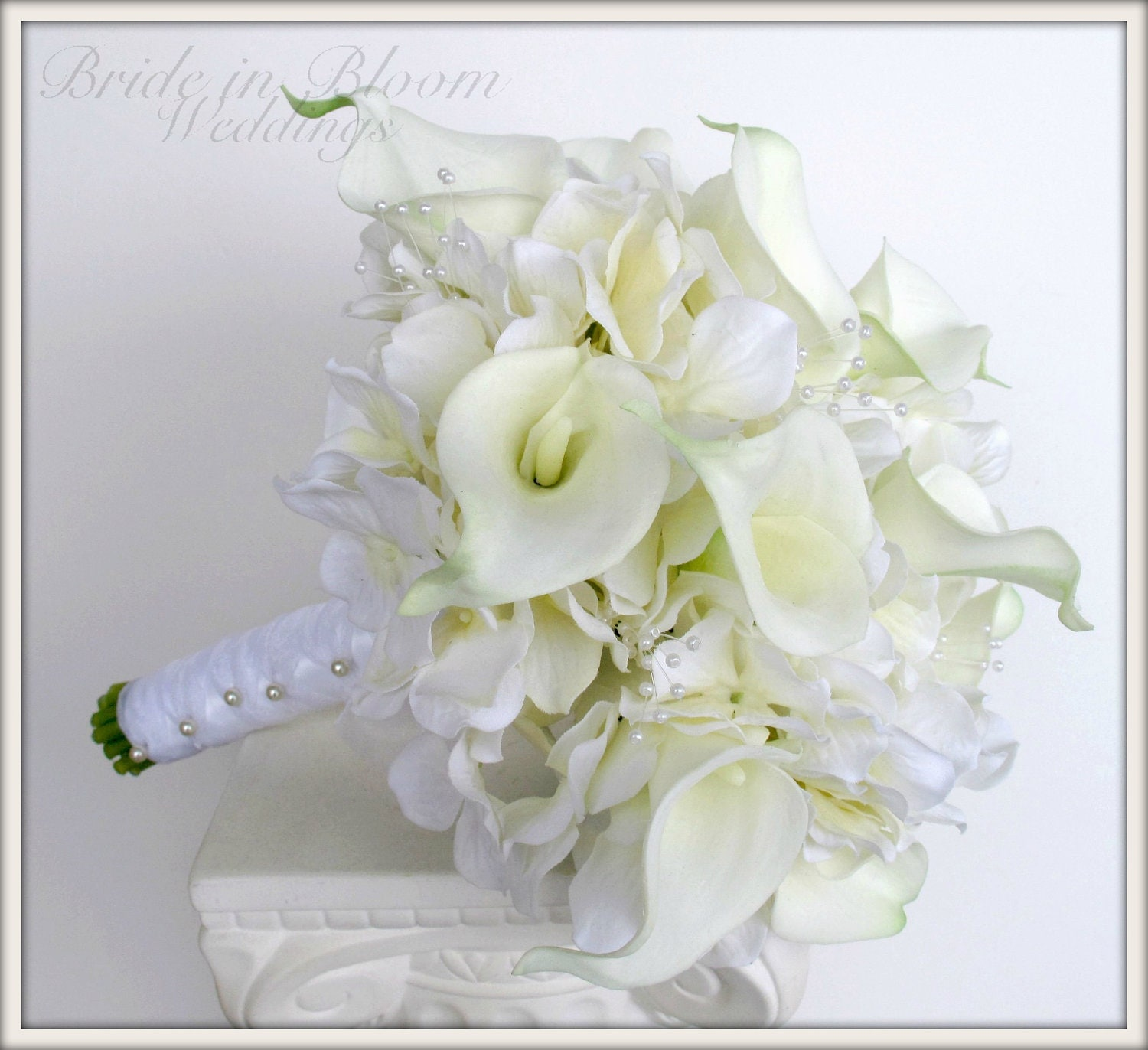 Beautiful wedding bouquets with lilies images styles ideas 2018 bridal bouquets made with calla lilies wedding flowers real touch junglespirit Choice Image
