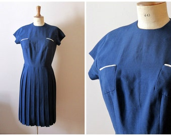 vintage early 1960s MONTMARTRE dress