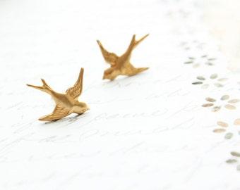 Tiny Bird Stud Earrings, Gold Brass Bird Studs Golden Swallow Earrings Flying Birds Woodland Post Earrings Fairytale Flying Bird Earrings