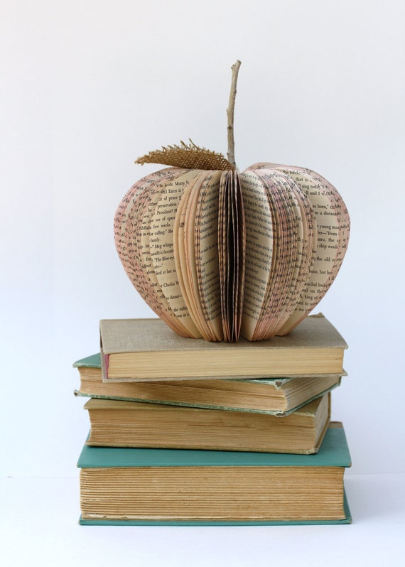 Vintage Book Apple TEACHER GIFT size small