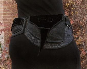 Black as Night - Pocket Belt - Utility belt - Festival belt - Hip bag - Bohemian - Burlesque - Burning man - Renaissance - Fanny pack