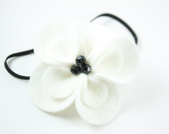 Black and White Flower Headband. Baby Headbands