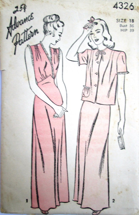 Advance 4326 Womens 40s Nightgown Bed Jacket Unprinted Sewing Pattern Bust 36