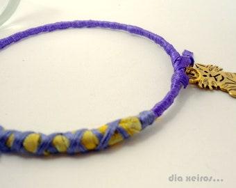 golden cat bangle,a lila sweet fiber art piece to enjoy for cat lovers