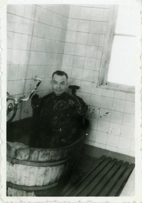 "Vintage Photo ""Oil Bath"", Photography, Paper Ephemera, Antique, Snapshot, Old Photo, Collectibles - 0027"
