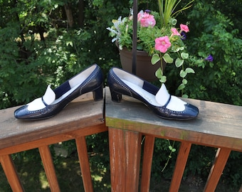 Vintage Spectator Pumps, Navy Blue and White Shoes, Narrow Width dress shoes, Red Cross brand