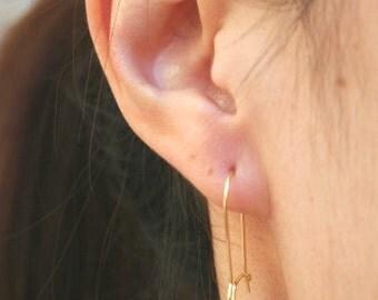 Opal Earrings in Gold. White Opal Earrings.Wedding.Bridesmaid Jewelry.Wedding Jewelry.Bridesmaid Gift.Bridesmaid Earrings.Delicate.Dainty.