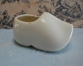 Vintage Dutch Shoe Off White Cream Pottery Planter, Collectible Pottery