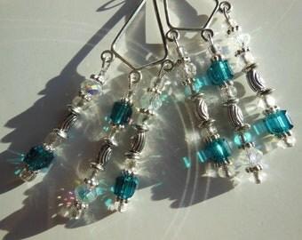 Silver plated crystal green chandelier earrings  E348