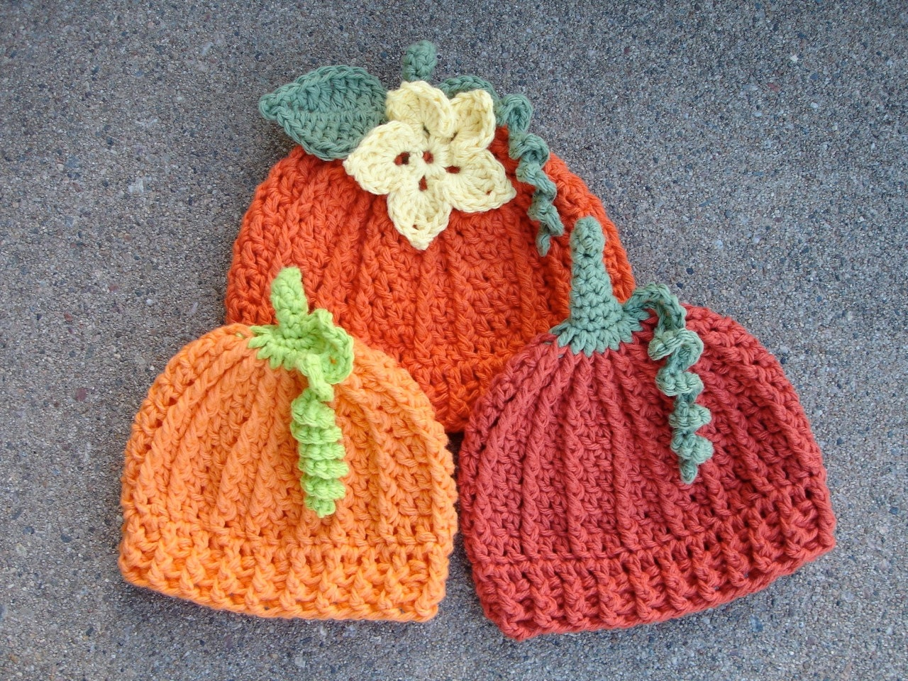Free Crochet Patterns For Baby Halloween Hats : Crochet Pattern for Pumpkin Beanie Hat 5 sizes baby to