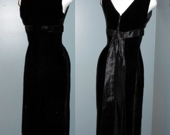 Vintage 50s Black Velvet Dress Hollywood Glamour Satin Train Cocktail Party Va Va Voom