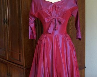 1950's Iridescent Fuchsia Taffeta Tea Length Swing Dress Size Small