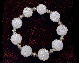 Rhinestone Berry Beads White Bracelet