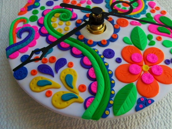 Upcycled CD Wall Clock, polymer clay, Flowers and Paisley, recycled clock