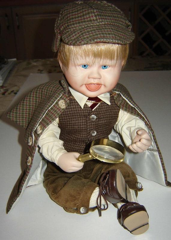 Reduced Little Sherlock Vintage Porcelain