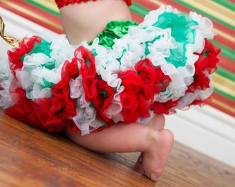 Pettiskirt Christmas Holiday Green with White and Red Ruffles Newborn Photo Prop Sizes Newborn-24 Months