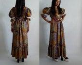 "Fab Vintage 1970's ""Lola Hawaii"" Hawaiian Batik Fabric Print Dress Caftan Mumu Hippie Festival XS Small"