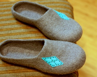 Men felted wool slippers - grey house shoes - Fathers day gift