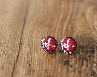 Bird earrings, red earring, ear post, ear studs, stud earings, post earring, bird studs, animal jewelry, bird jewelry, nature jewelry,