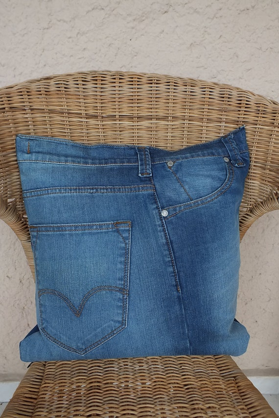 Sofa pillow cover with pockets recycled denim jeans appr for Creative reclaimed denim sofa covers