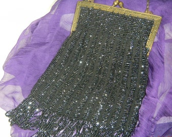 Vintage Flapper Beaded Purse Beaded Fringe on gold tone chain and frame
