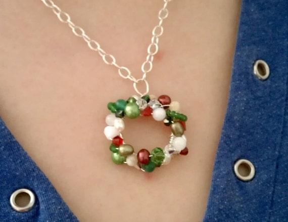 Jumble Wreath Necklace