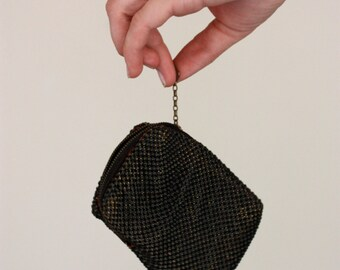 Vintage Gunmetal Black Mesh Brass Zippered Talon Change Purse With Red Lining