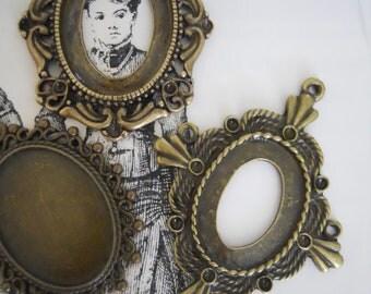 Antique Style Victorian Frame Pendants