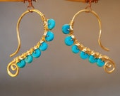 Hammered dangle earrings turquoise Luxe Bijoux 47
