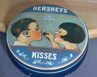 Hershey's Kisses round tin - 1982 - MG-042