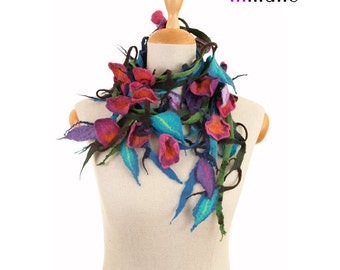 SALE!!!  felt, felted necklace, collar, flowers and leaves III - by inmano