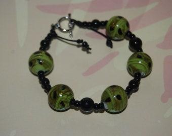 Green Swirl Green Glass Bracelet