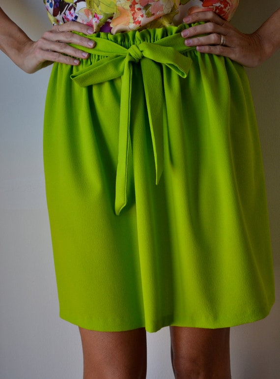 Chartreuse cocktail party skirt. Knee length. Size S M L