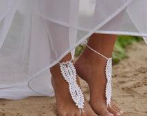 Bridal Barefoot Sandals-White crochet barefoot sandals-Bridal Foot jewelry-Beach wedding barefoot sandals-Lace shoes-Beach wedding sandals