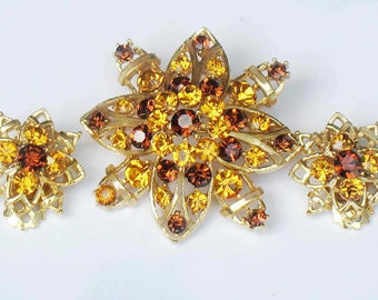 Lisner Brooch and Earrings Yellow Rhinestone Flower 1950s Signed  Demi Parure Jewelry Collectable Autumn Winter