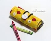Crayon Roll Art Case, Red Lady Bugs, Holds 12 crayons.Crayon holder, crayon case, crayon roll, crayon tote, crayon storage