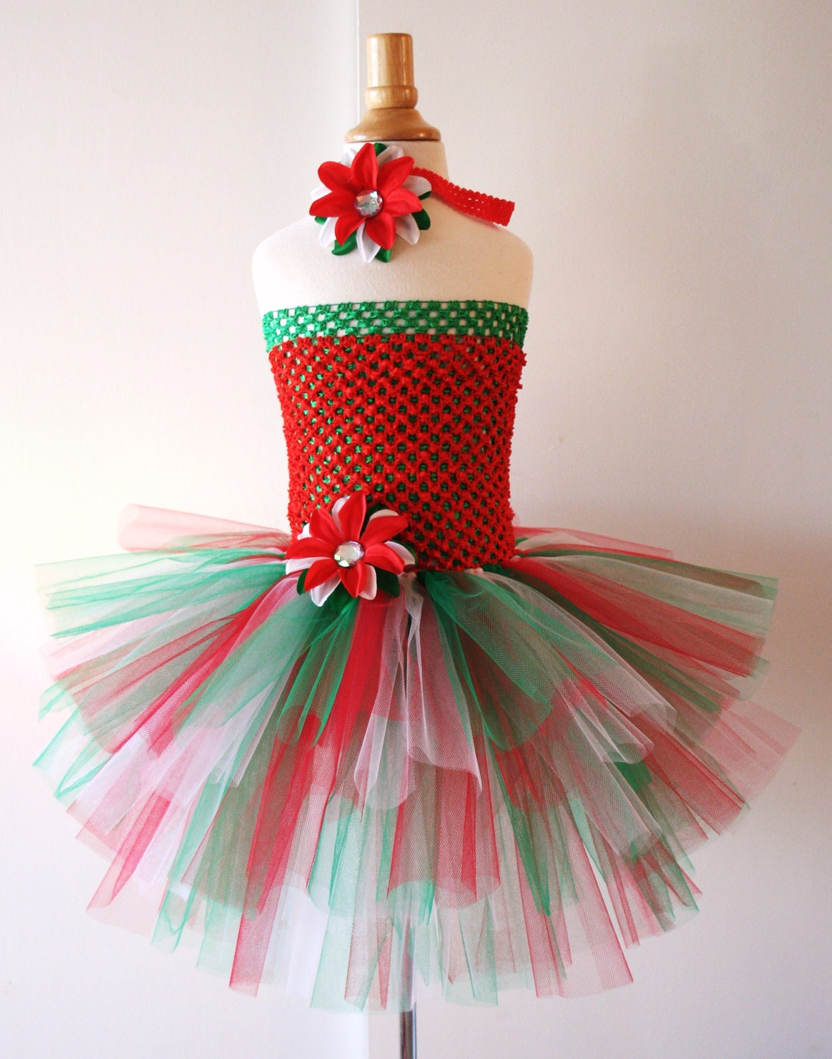 Christmas Santa Dress, Tulle Dress, Santa Baby, Santa Tutu, Mrs Claus, Toddler Tutu Dress, Christmas Dress, Girls Christmas Dress, Holiday Baby tutu dresses Tulle dress Christmas Tutu Dress Christmas pageant 1st Christmas Christmas Costumes Children's Christmas Toddler tutu DReSS .