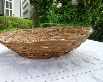 Wicker basket bread basket natural wicker color interlaced wicker country style table rustic decor cottage chic retro decor natural material