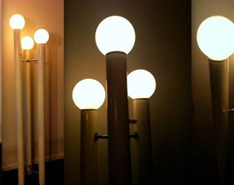 TONY PAUL LAMP Midcentury Modern by Mutual Sunset Philip C. Johnson Eames Mad Men era sculptural 3-tower floor white orb globe light Bellini