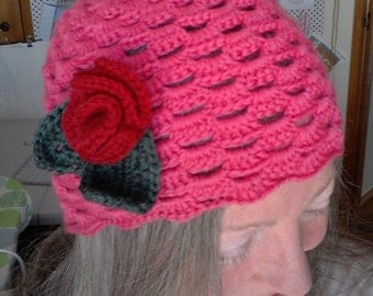 Womens hat, crochet winter cloche, pink flapper style pink hat red flower
