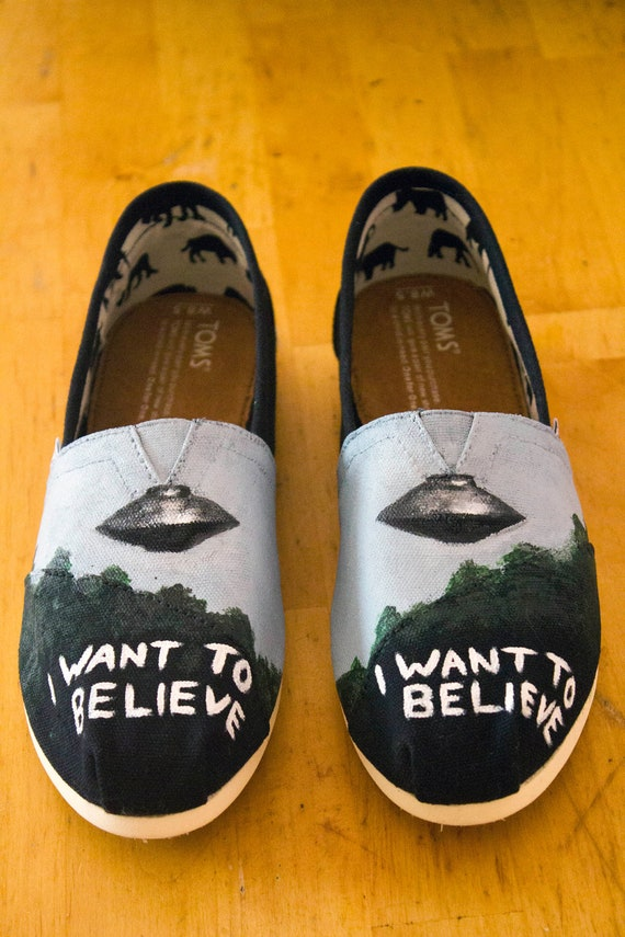 X-Files TOMS Shoes