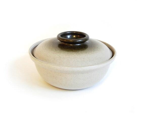 "Heath Ceramics California Large Lidded Casserole Sea & Sand Ivory Olive Green 11"""