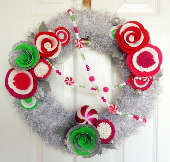 Retro Tinsel- The Original Felt Yarn Wreath - Vintage Style Christmas Door Decoration in Silver and Candy Colors