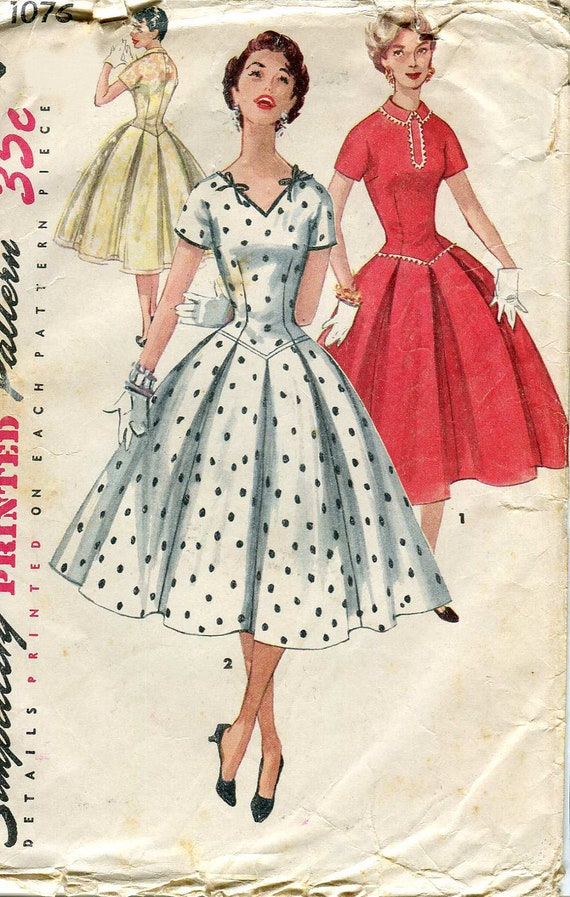 Simplicity 1076 Vintage 1950s Dress pattern for Day or Evening