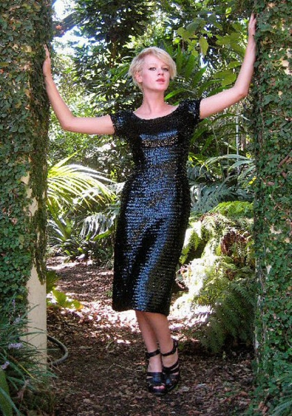 1950s Sequined Black Bombshell Wiggle Dress -- Small