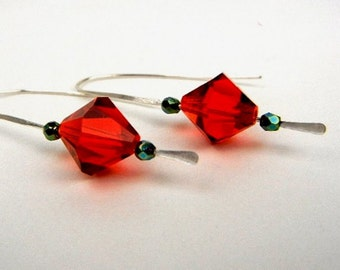 Red crystal earrings with green Czech glass beads on sterling silver hammered wire // holiday earrings // Christmas jewelry // handcrafted