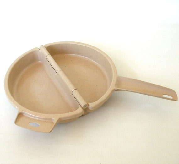Litton Ware Microwave Cookware - Omelet Pan Cooker Littonware