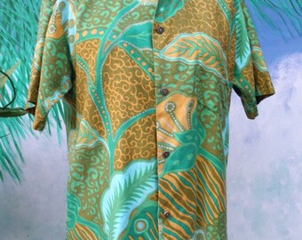Vintage 1960's Paradise Hawaii, Men's Short Sleeve Green & Gold Tropical Hawaiian Shirt, size M