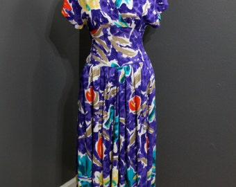Vintage Colorful, Tropical V- Neck Dress